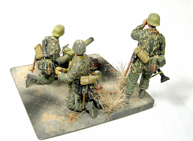 Dioramas and Vignettes: Enemy Tanks at Left!, photo #3