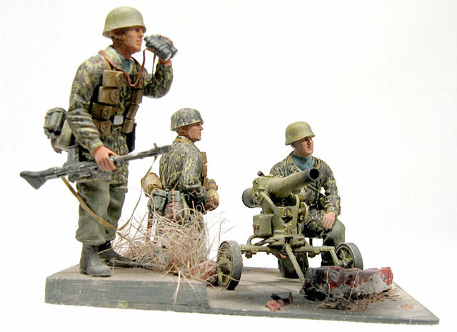 Dioramas and Vignettes: Enemy Tanks at Left!, photo #4