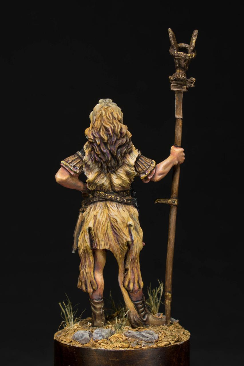 Figures: Praetorian aquilifer, I AD, photo #5