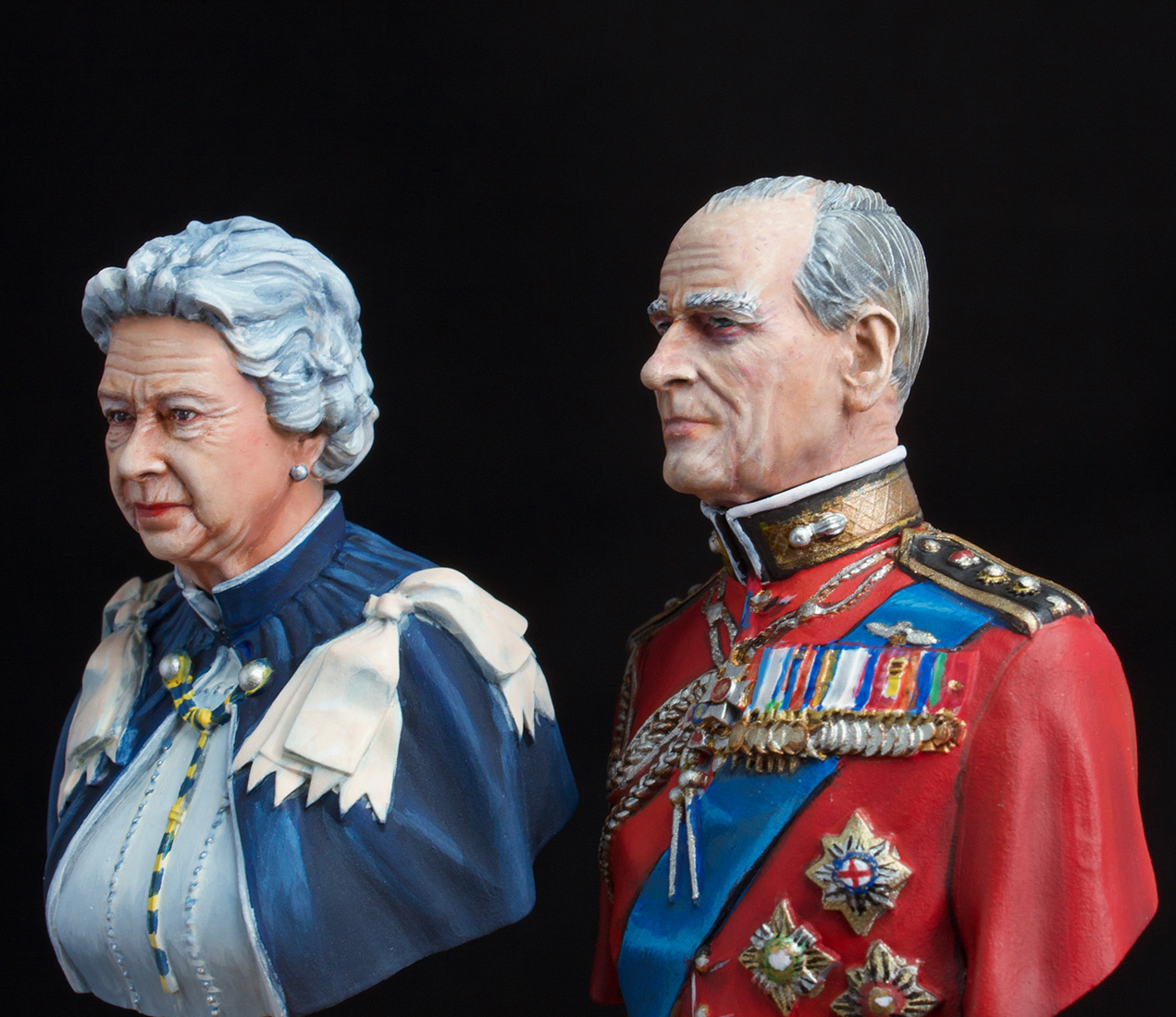 Figures: Elizabeth II and Prince Philip, photo #4