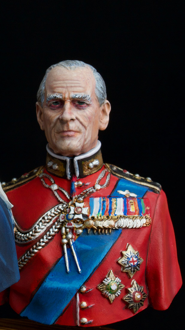 Figures: Elizabeth II and Prince Philip, photo #8
