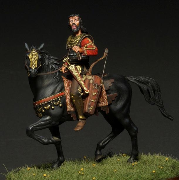 Figures: Scythian tsar