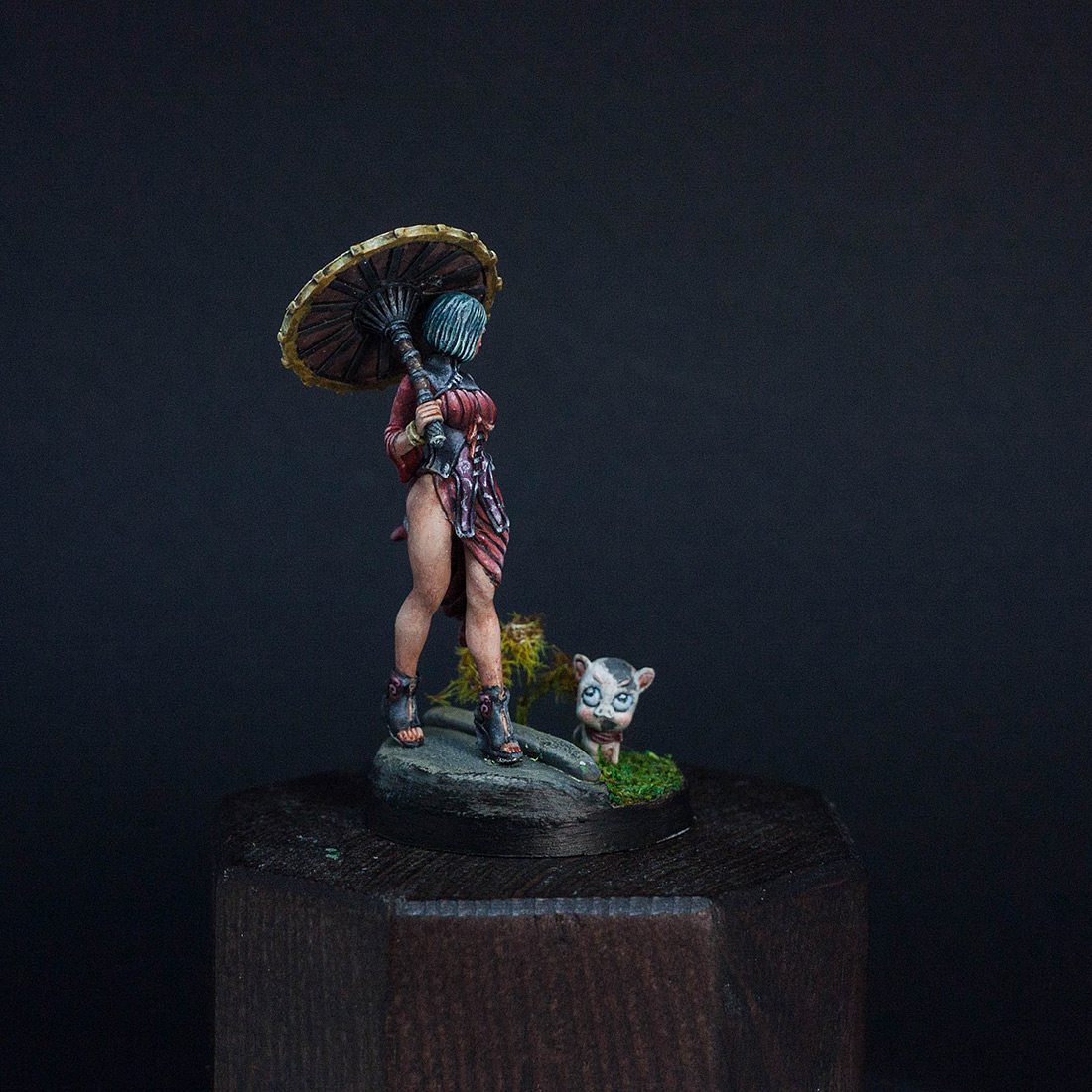 Miscellaneous: Lady Dragon, photo #1