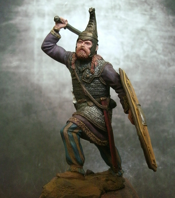 Figures: Germanic warlord, 1-2 AD