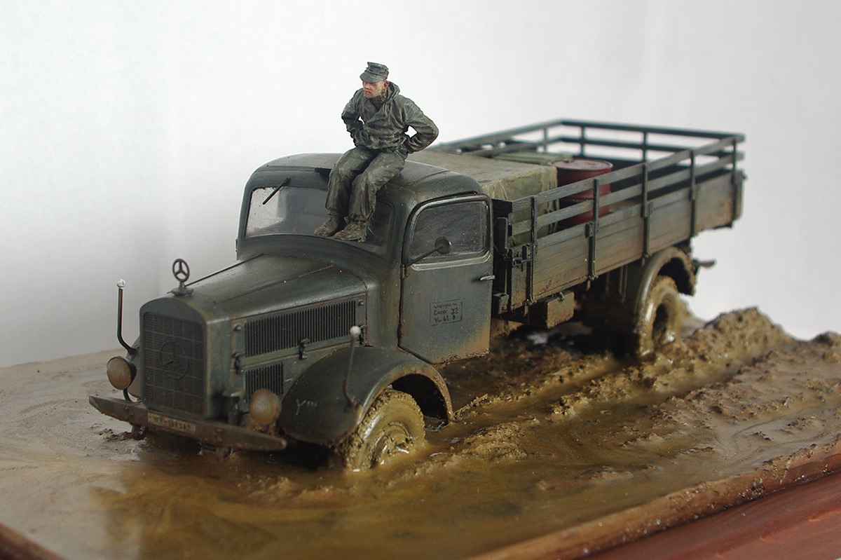 Dioramas and Vignettes: Road end, photo #2