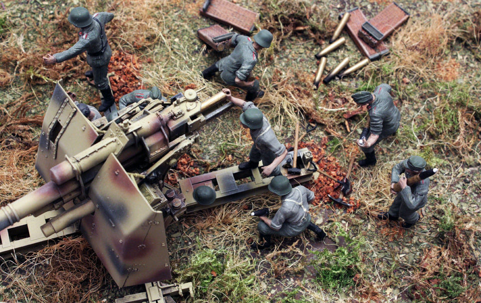 Dioramas and Vignettes: Tanks at left!, photo #13