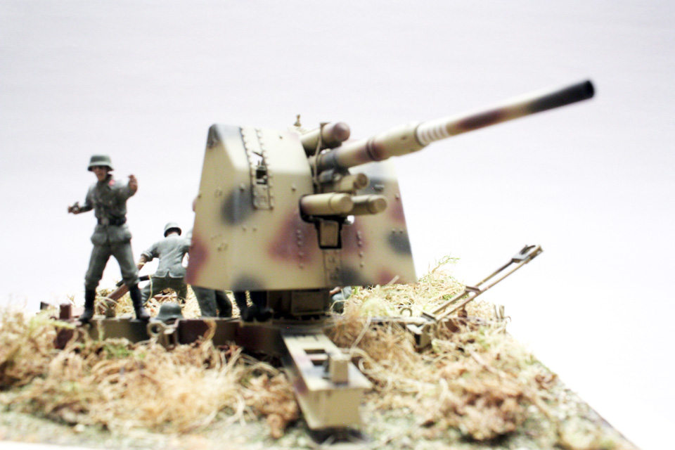 Dioramas and Vignettes: Tanks at left!, photo #14