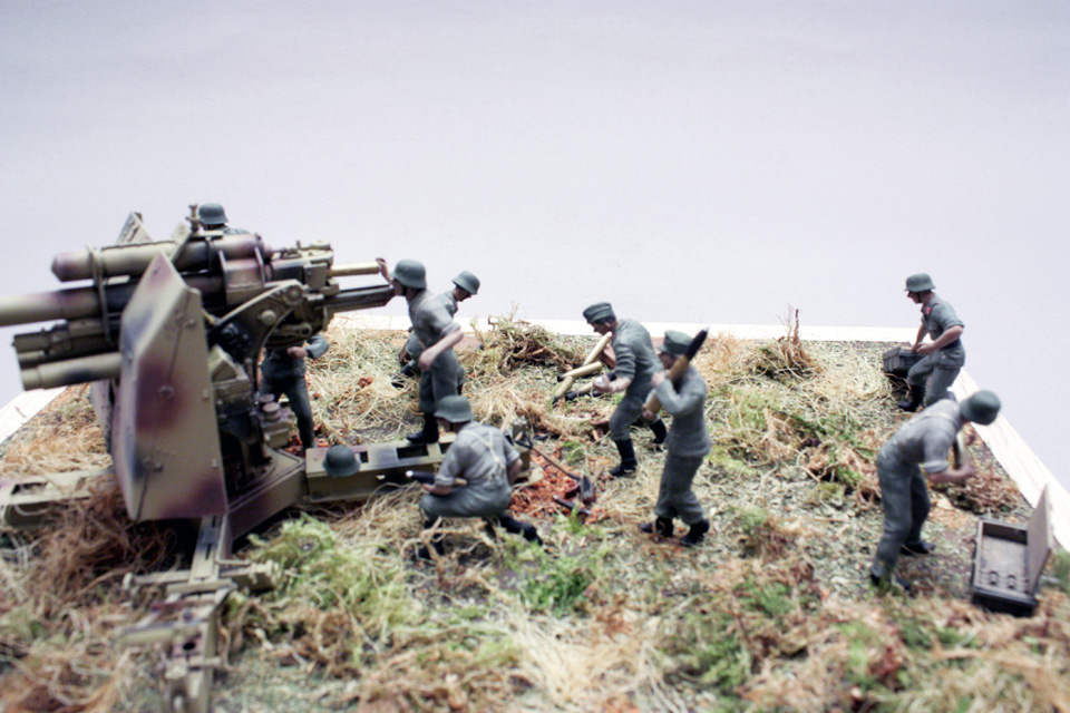 Dioramas and Vignettes: Tanks at left!, photo #15