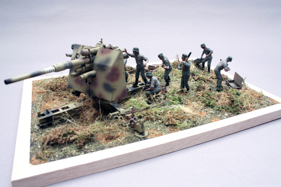 Dioramas and Vignettes: Tanks at left!, photo #5