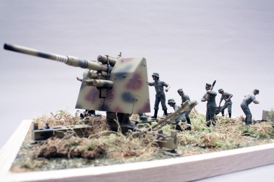 Dioramas and Vignettes: Tanks at left!, photo #8