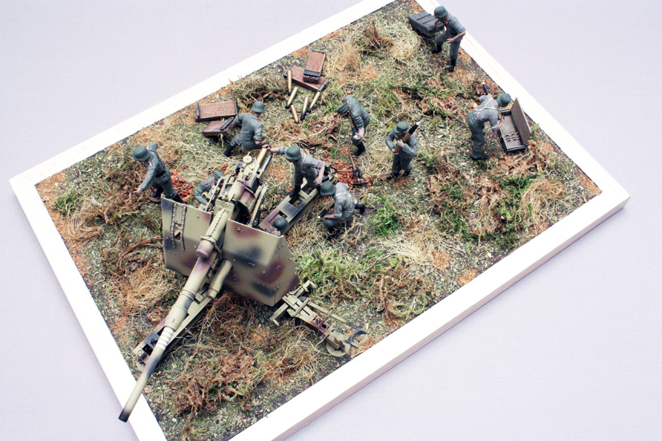 Dioramas and Vignettes: Tanks at left!, photo #9