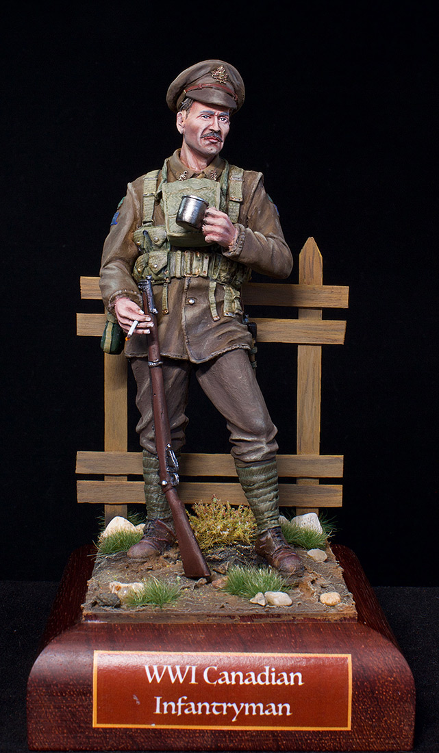 Figures: Canadian trooper, WWI, photo #1