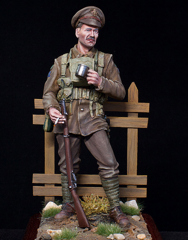 Figures: Canadian trooper, WWI