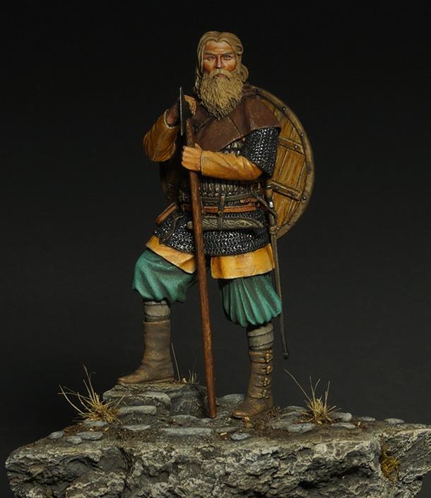 Figures: Old warrior