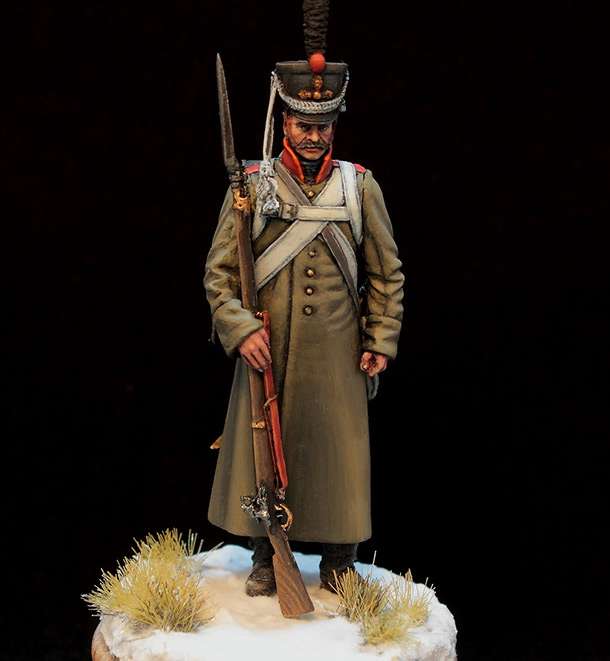 Figures: Russian grenadier in greatcoat, 1812-14