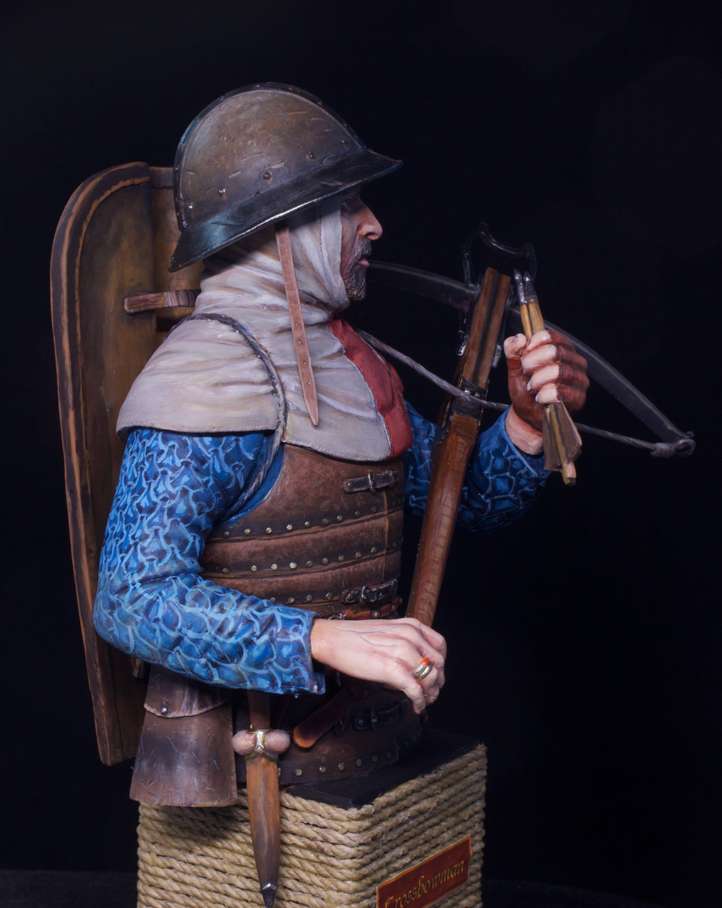 Figures: Crossbowman, photo #11