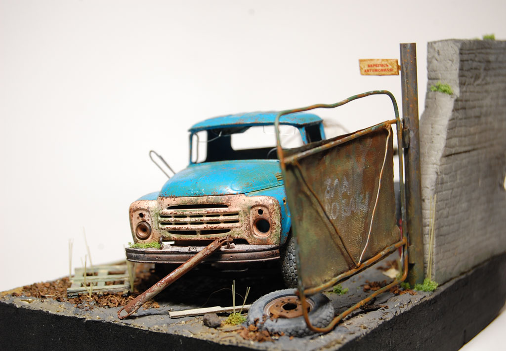 Dioramas and Vignettes: Abandoned and Forgotten , photo #2