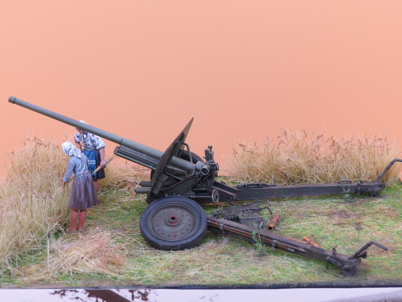 Dioramas and Vignettes: The Harvest, photo #5