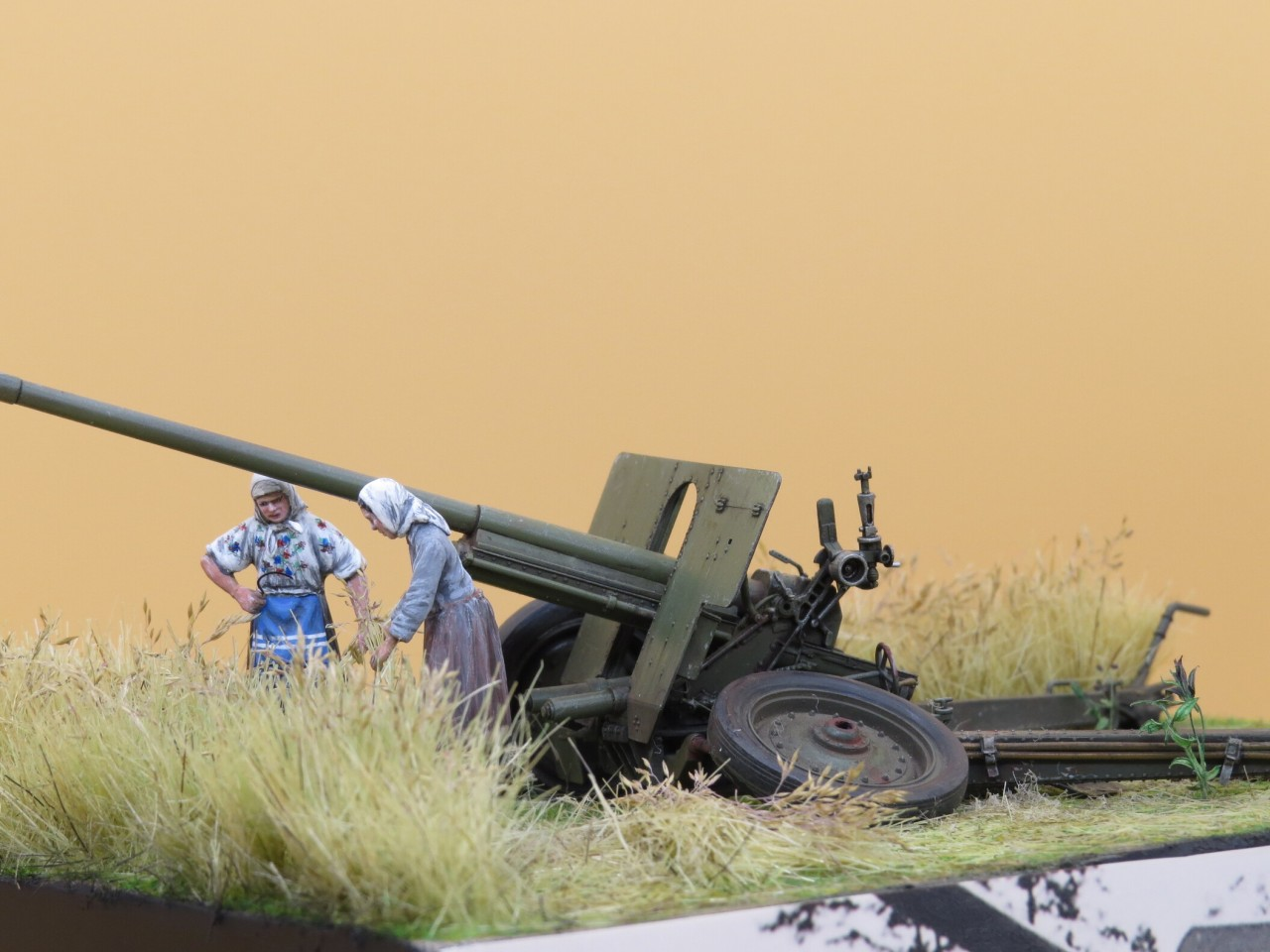 Dioramas and Vignettes: The Harvest, photo #6