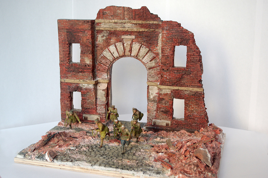 Dioramas and Vignettes: I'm the Fortress, photo #4