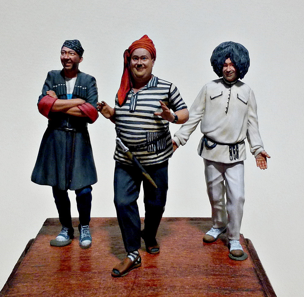 Figures: Friends of the loving mountainman, photo #1