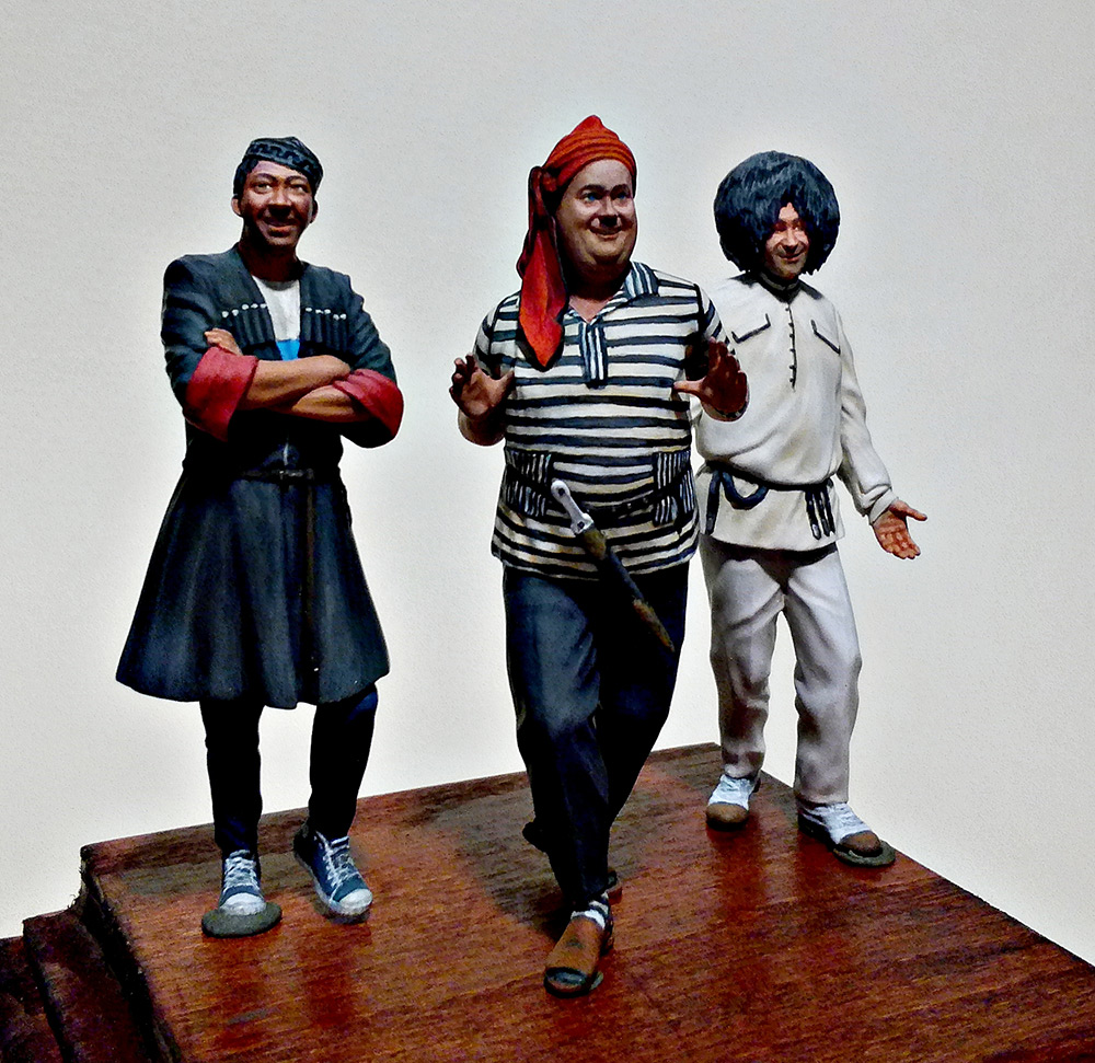 Figures: Friends of the loving mountainman, photo #3