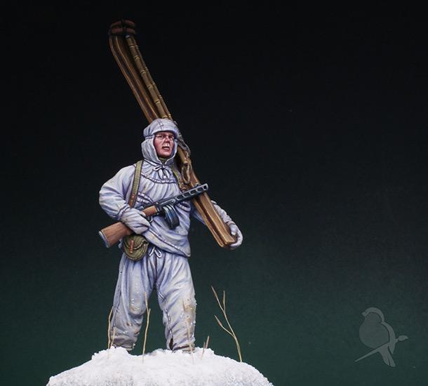 Figures: Soviet ski trooper