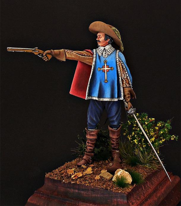 Figures: Royal musketeer