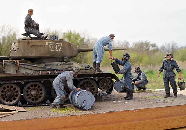 Dioramas and Vignettes: Tank refueling