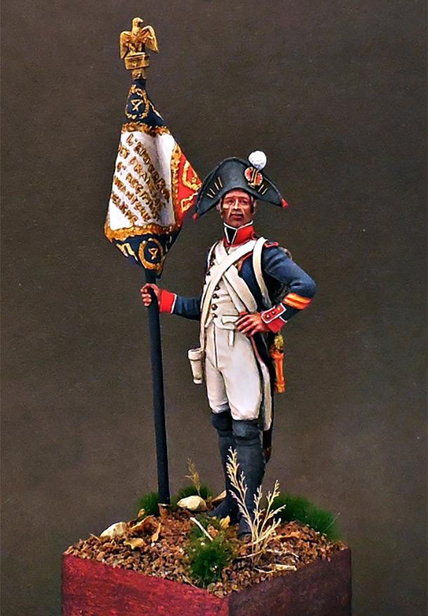 Figures: Senior sergeant eagle bearer, 4th line infantry, France 1805