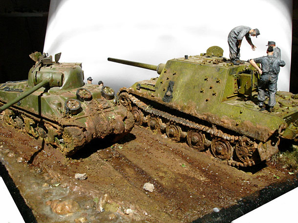 Dioramas and Vignettes: Hunting Tiger and Firefly