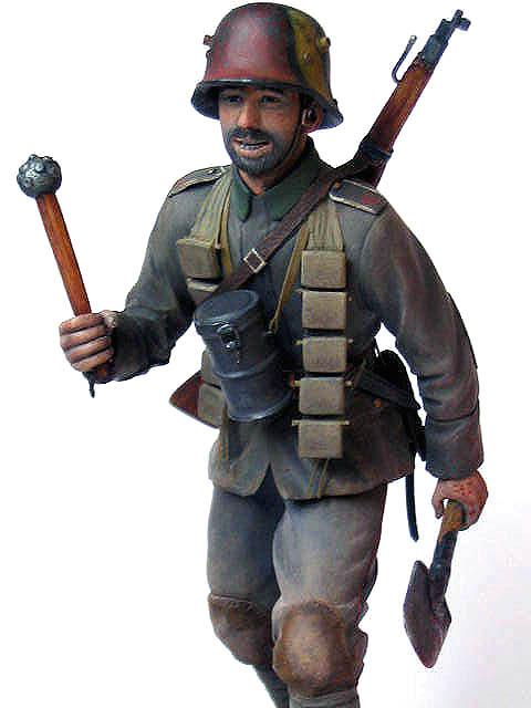 Figures: German stormtrooper, 1917-18, photo #7