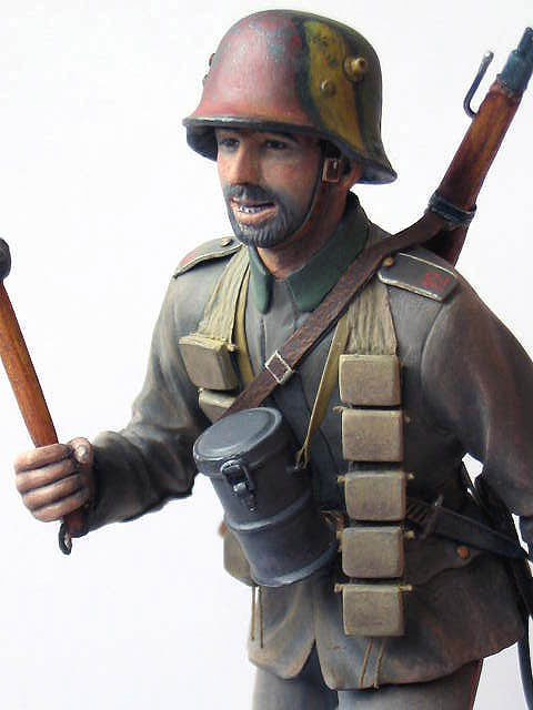 Figures: German stormtrooper, 1917-18, photo #8