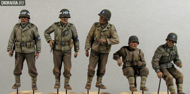 Reviews: US Jeep crew & Military police