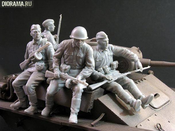 Reviews: Soviet tank riders