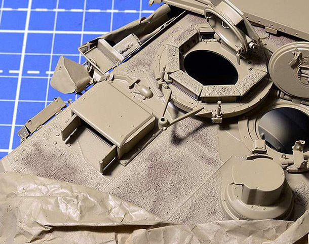 Features: Making modern AFV antislip surface